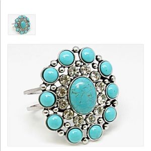 Women turquoise and diamond bracelet